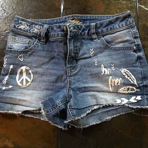 Justice jean shorts✌️